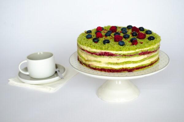 Десерт Шпинатный с малиной и семенами чиа