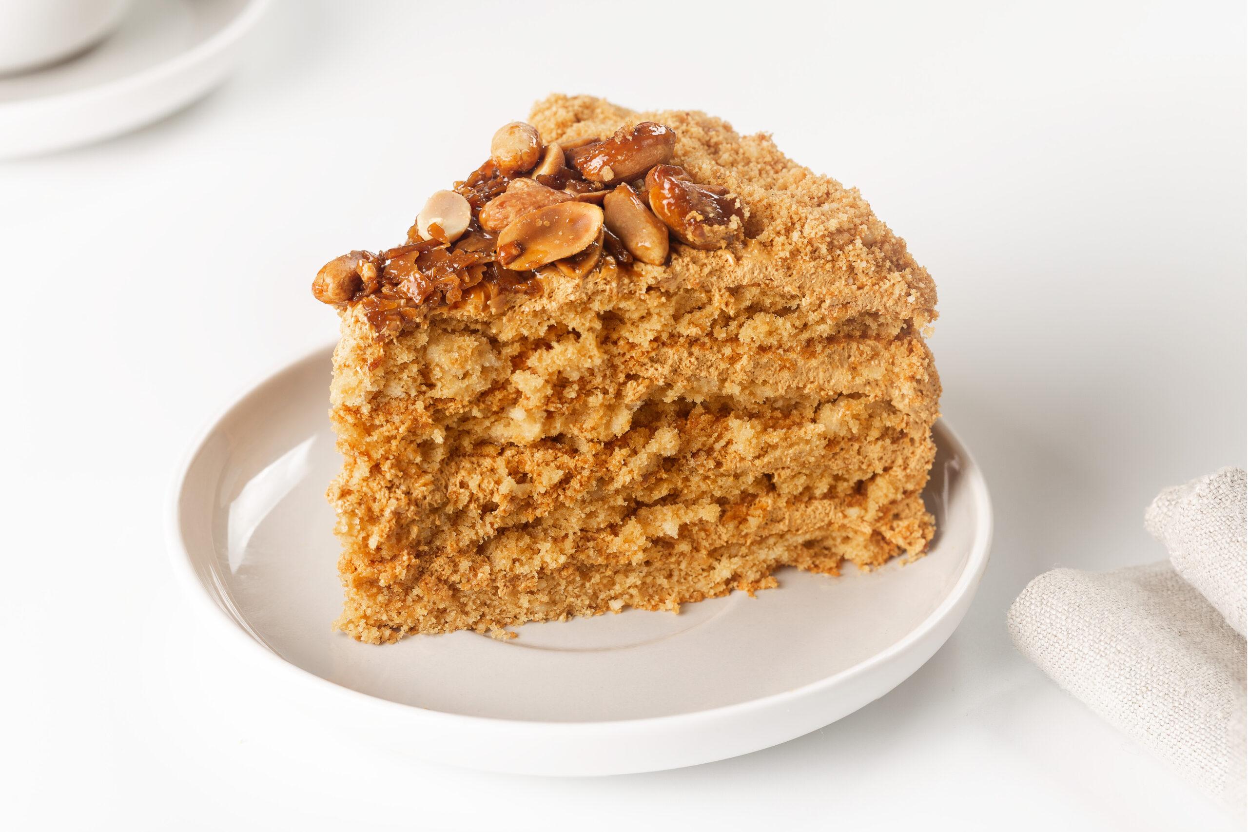 Торт месяца: уютная «Коровка арахисовая» со скидкой весь октябрь