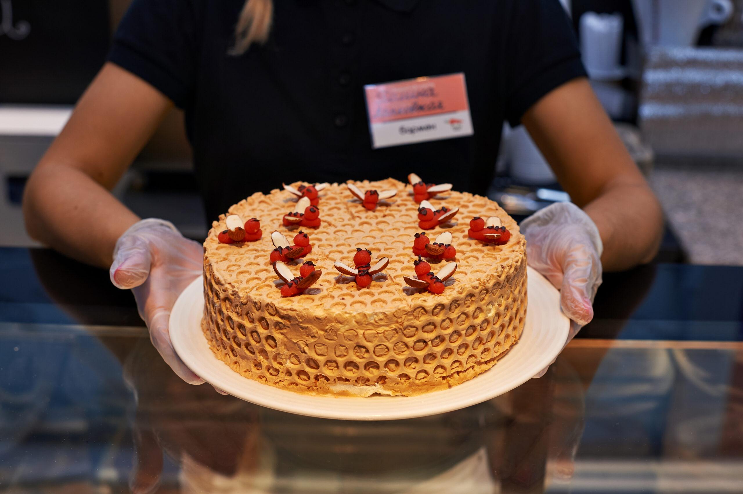 Новое кафе Salad Drive уже открыто для посетителей-сладкоежек